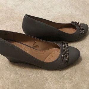 Reflex Comfort Grey wedge dress shoes